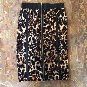 Thalia Sodi Mid length Leopard skirt